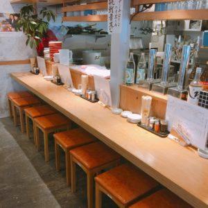 刈谷 居酒屋 大衆餃子酒場 NOBORU(のぼる)のカウンター席
